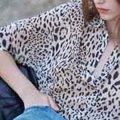 🐾 BEATRIZ  La petite blouse ample imprimé 🤍  Rendez-vous lundi 30 août www.laureplusmax.com