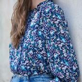 La blouse en viscose Bruce fait partie de la capsule des looks de Septembre... Que vous pouvez shopper sur notre site 🌸  🤍 www.laureplusmax.com pour toutes vos envies shopping et les retours sont gratuits! 🤍 Une question? un doute? envoyez-nous un petit DM, nous pourrons vous aider.  #laureplusmax #blouse #bruce #fleurs #bleu #jeans